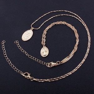 Medallion Necklace Set